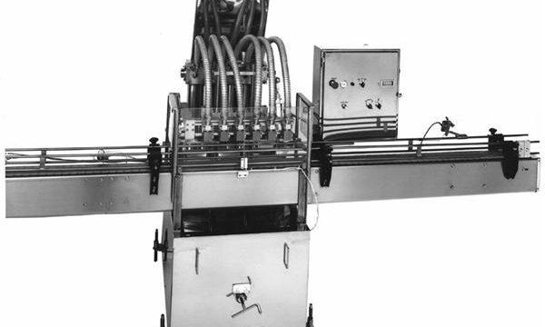 पीएलसी नियंत्रित पिस्टन वनस्पति तेल भरने की मशीन